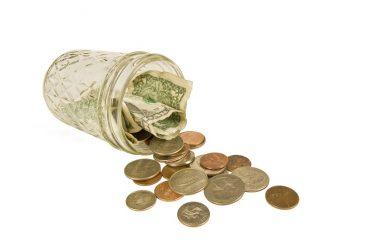 Jaka jest różnica między pożyczką a kredytem